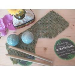 Set 5 piese: Terapie cu JAD si Bambus (Masca Faciala mare din JAD + 2 bete bambus + 2 sfere mari JAD) + CADOU